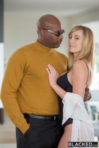 Blacked Brett Rossi in Grateful Girlfriend Shows Appreciation with Flash Brown 4