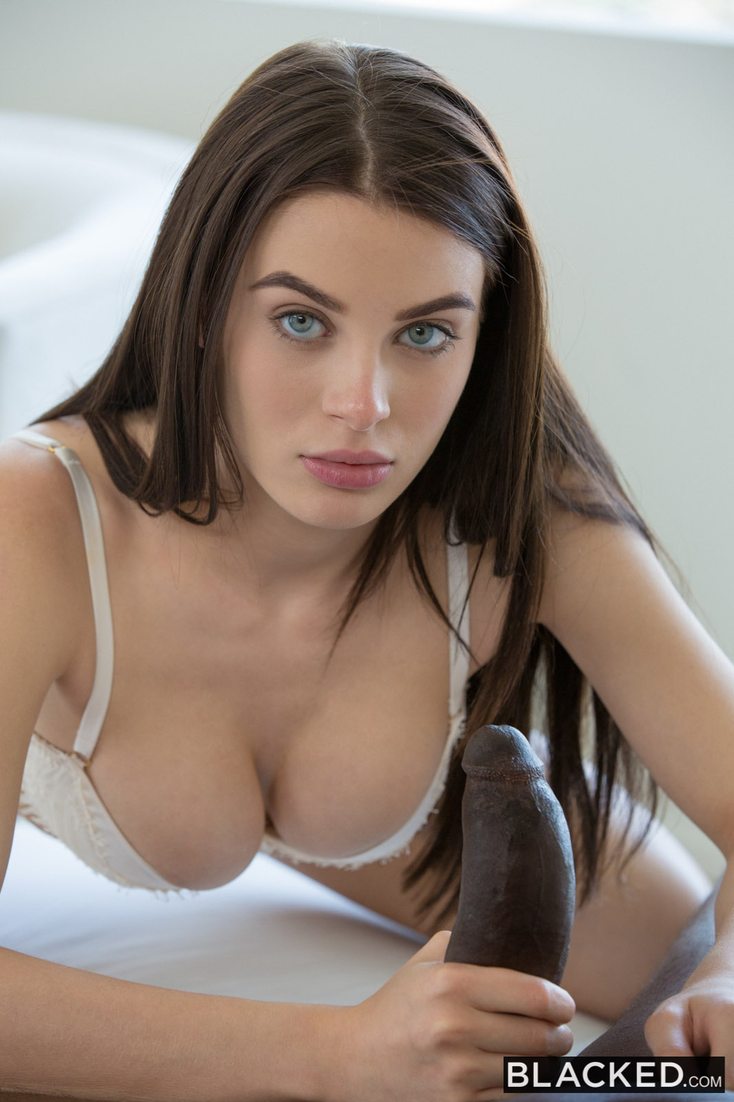 Lana rhoades fake ass